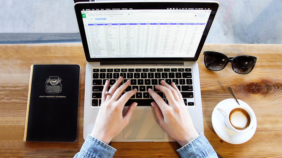 Create-a-freelance-salary-calculator-spreadsheet.jpg