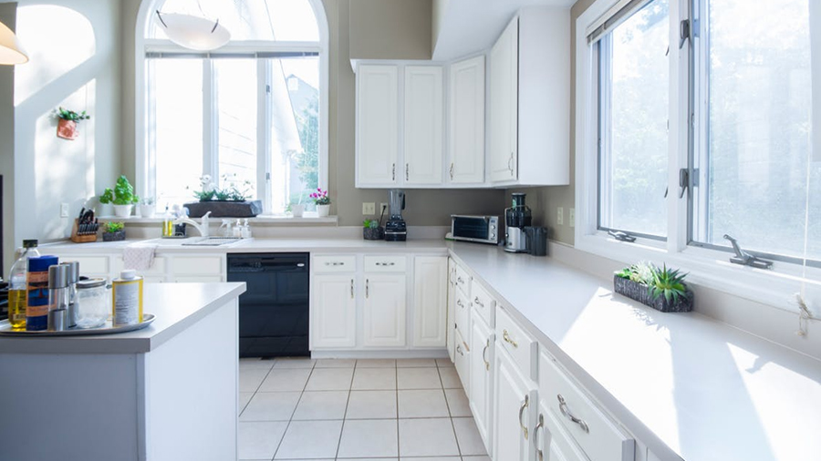 Getting The Classic White Kitchen On A Budget.jpg