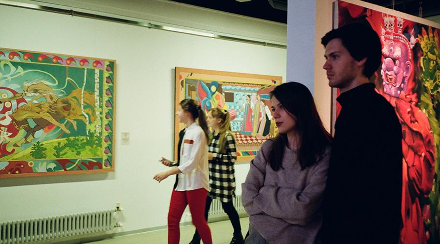 go art gallery hopping.jpg