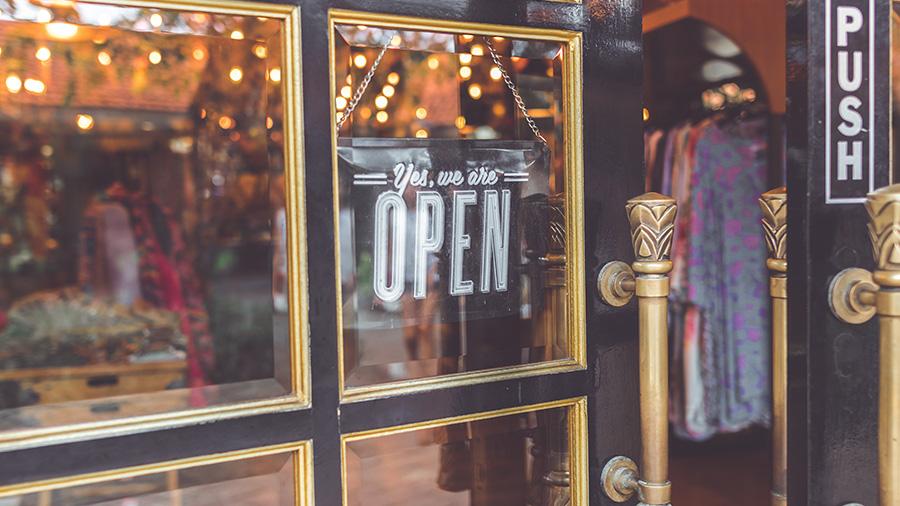 visit other vintage shops.jpg