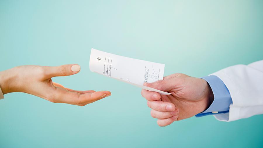 Ways-to-Save-Money-On-Prescriptions.jpg